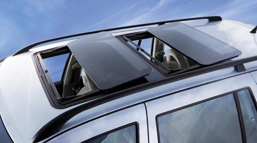 installation de toit ouvrant lectrique xclusiv auto design. Black Bedroom Furniture Sets. Home Design Ideas